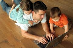 Ruim 400.000 Nederlandse kinderen (onder de 18) hebben ouders met psychische of verslavingsproblemen
