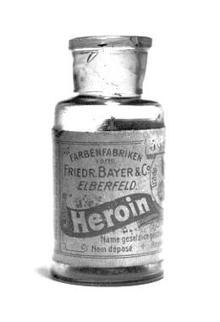 Medische heroïnebehandeling in Zwitserland: Succesvol regelen van aanbod en gebruik van een hoogrisico injecteerbare drug
