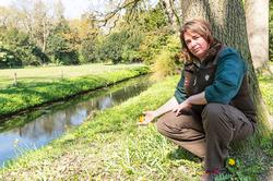 boswachter Sabine Wolters in landgoed Waardenburg en Neerijnen