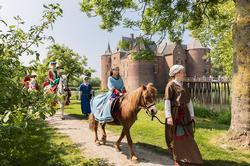 kasteel Ammersoyen Middeleeuws Bewoond